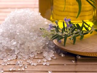 Sal marina para estabilizar y limpiar el cuerpo sutil