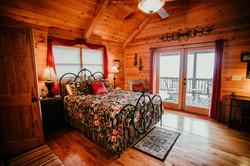 Upper level bedroom (queen)