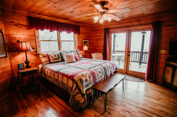 Main level bedroom (king)