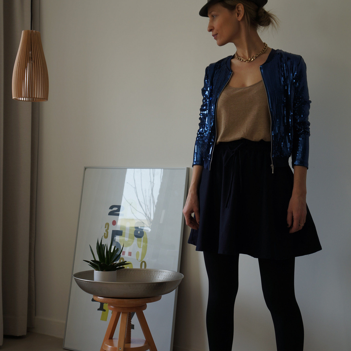 Sequin bomber look 1