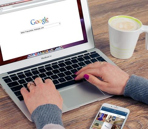 Por que contratar um plano pago para hospedar seu website no Wix?