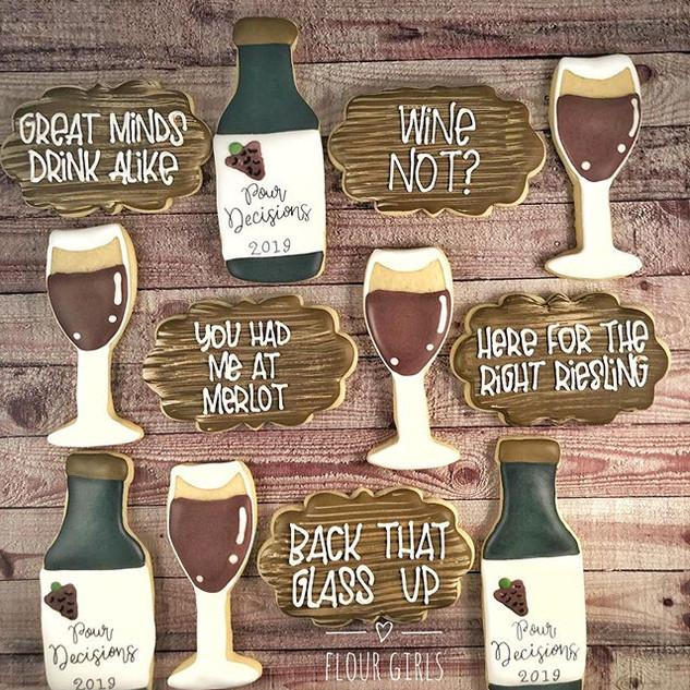 Wine tasting cookies. 🍷 🍇 _#winetastin