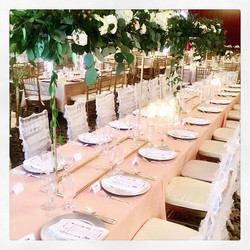 Romantic garden wedding WOWs with these dramatic centerpieces that appear to float overhead! #eandic