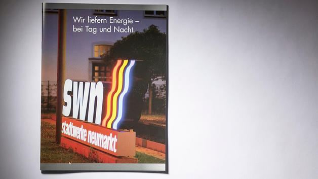 Architekturfotografie: Veröffentlichung auf Titel von Firmenbroschüre | Stadtwerke Neumarkt