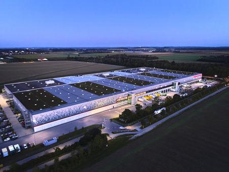 Drohnen-Luftbild: Schustermann & Borenstein Logistik, Poing bei München