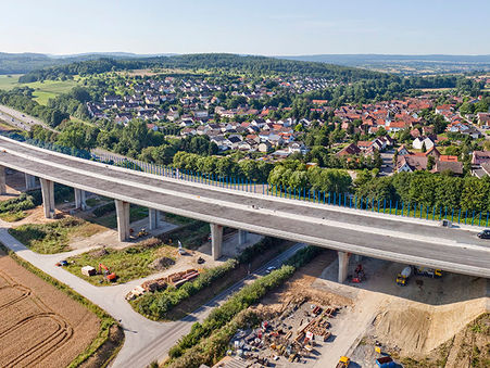 Drohnen-Luftbild: Pfinztalbrücke in Baden-Württemberg
