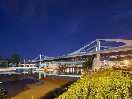 Architekturfotografie: neue Neckarbrücke   Stuttgart 21