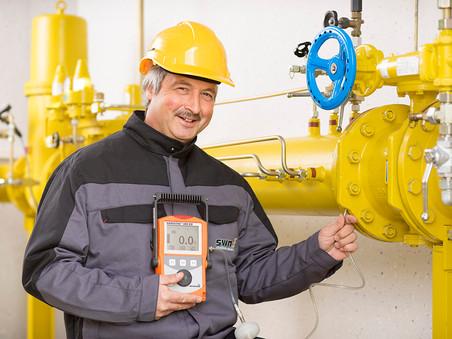 Business Porträt: Stadtwerke Neumarkt | Prüfung einer Gasleitung