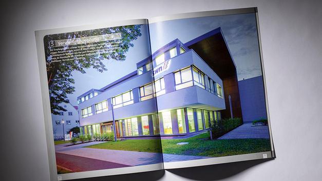 Architekturfotografie: Veröffentlichung in Firmenbroschüre | Stadtwerke Neumarkt