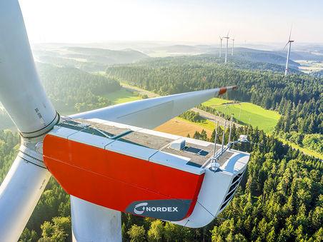 Drohnen-Luftbild: Windkraftanlage Illschwang