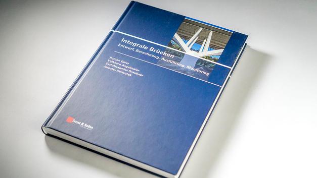 Industriefotografie: Titel für Buchveröffentlichung Integrale Brücken | Entwurf, Berechnung, Ausführung, Monitoring
