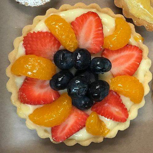 SPECIALTY! Fruit Tart- Made without dairy and gluten.