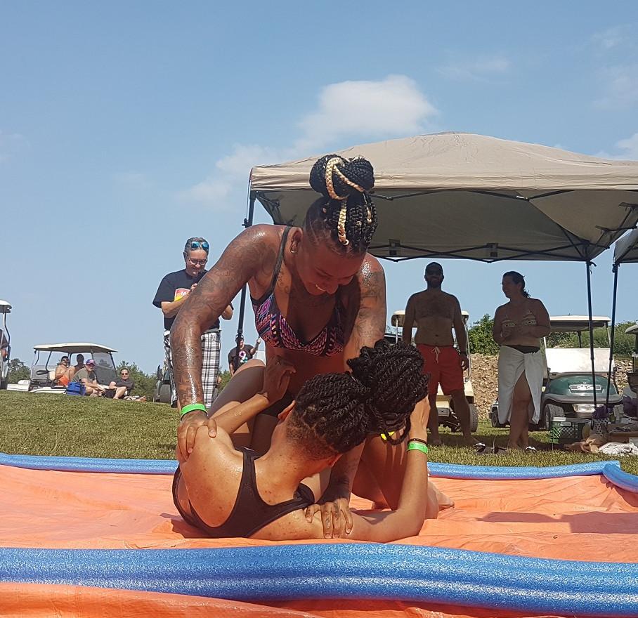 lube wrestling - girls - games.jpg