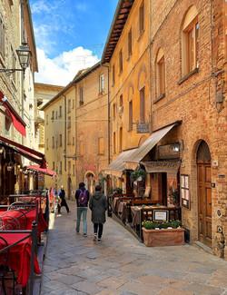 Volterra, walled town_