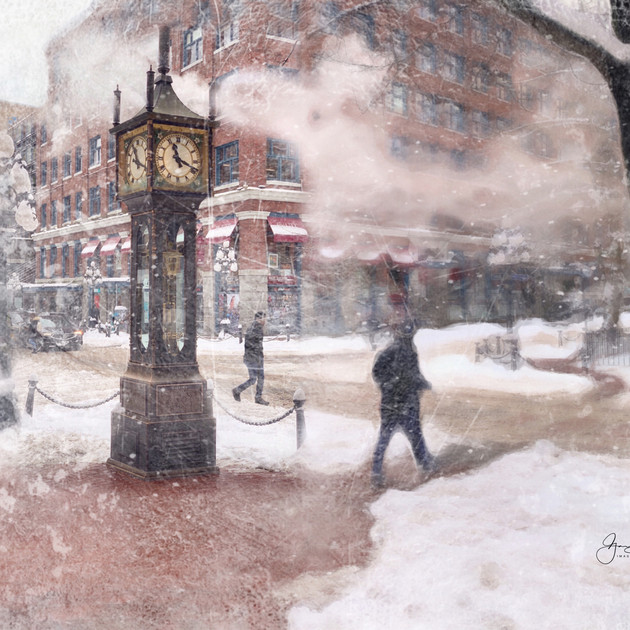 Steam Clock, Gastown, in a rare winter blizzard.