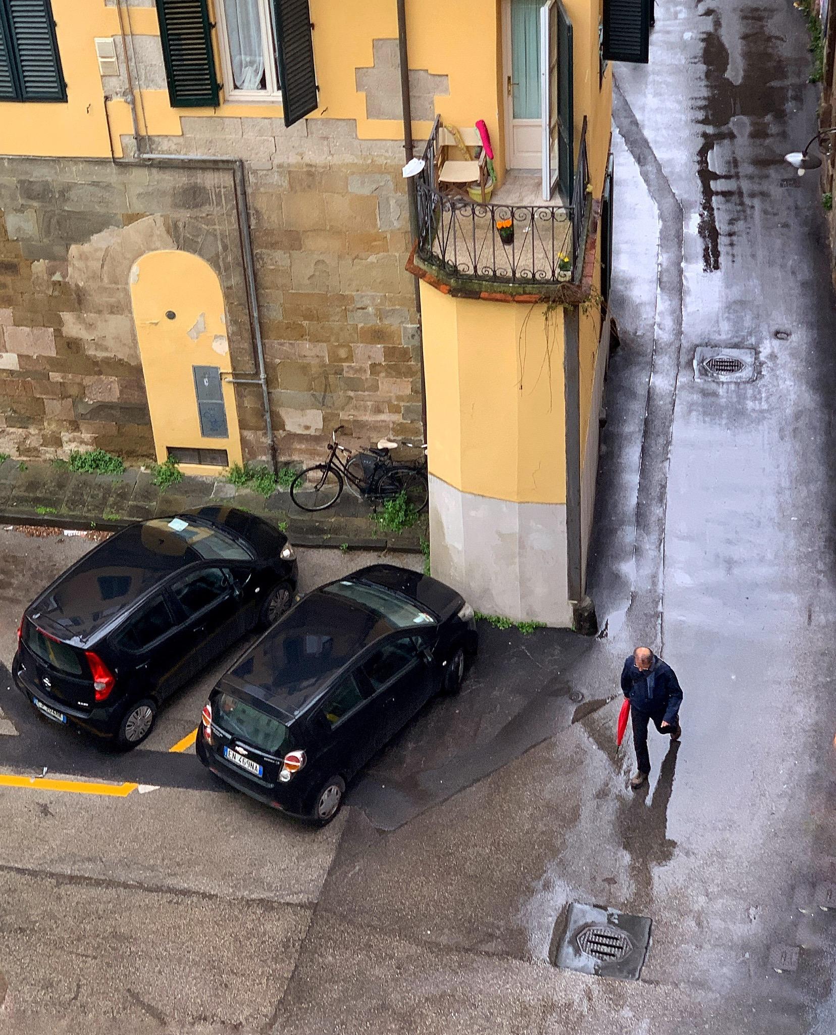 Street scene, Lucca_