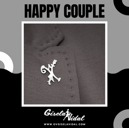 """HAPPY COUPLE"" PIN"