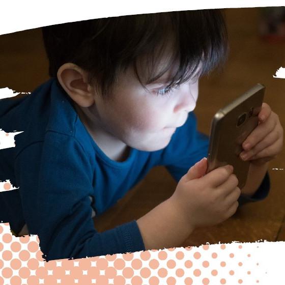 Comment éduquer ses enfants à l'ère des écrans et du numérique ?