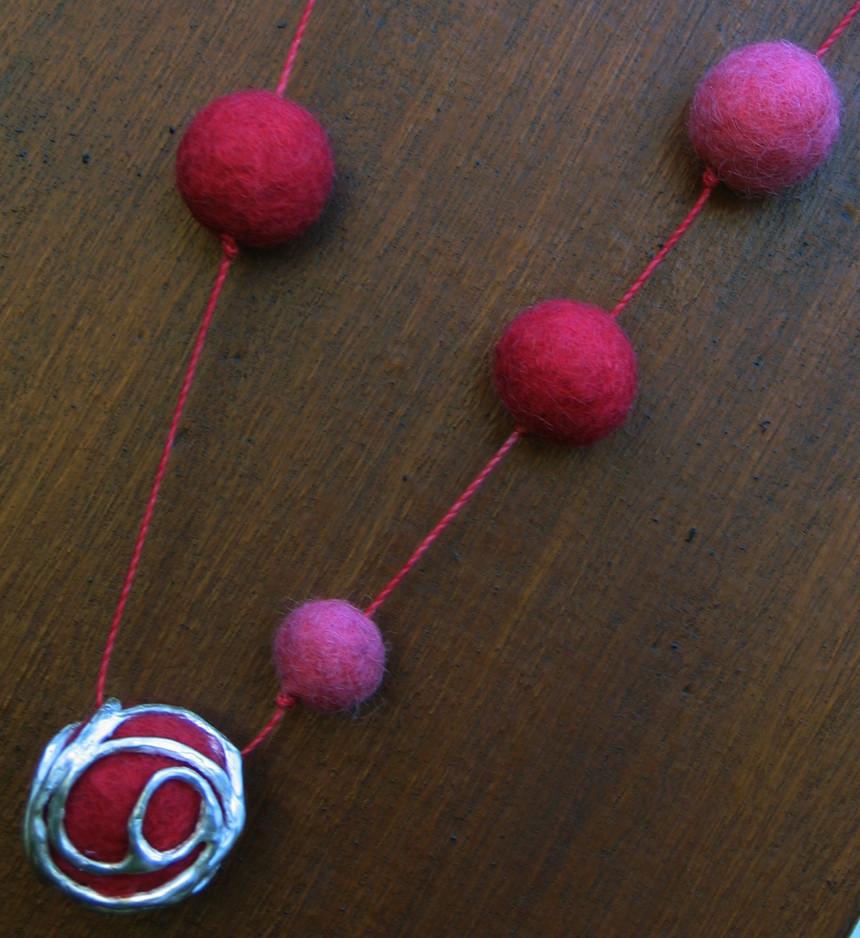 Collar Pompones