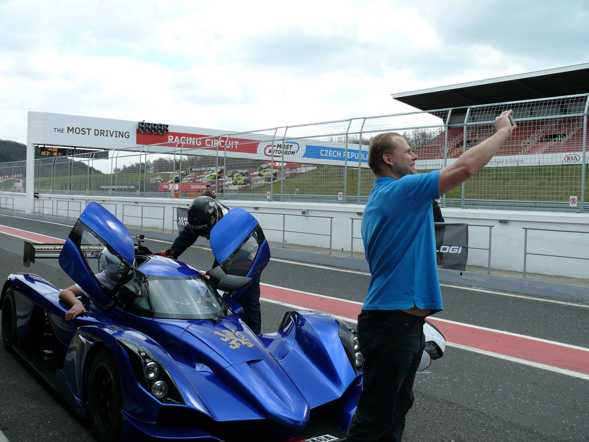 AutoTechnologi Race Day