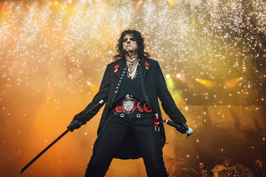 Alice Cooper @ Angel of the Winds Arena, Everett USA