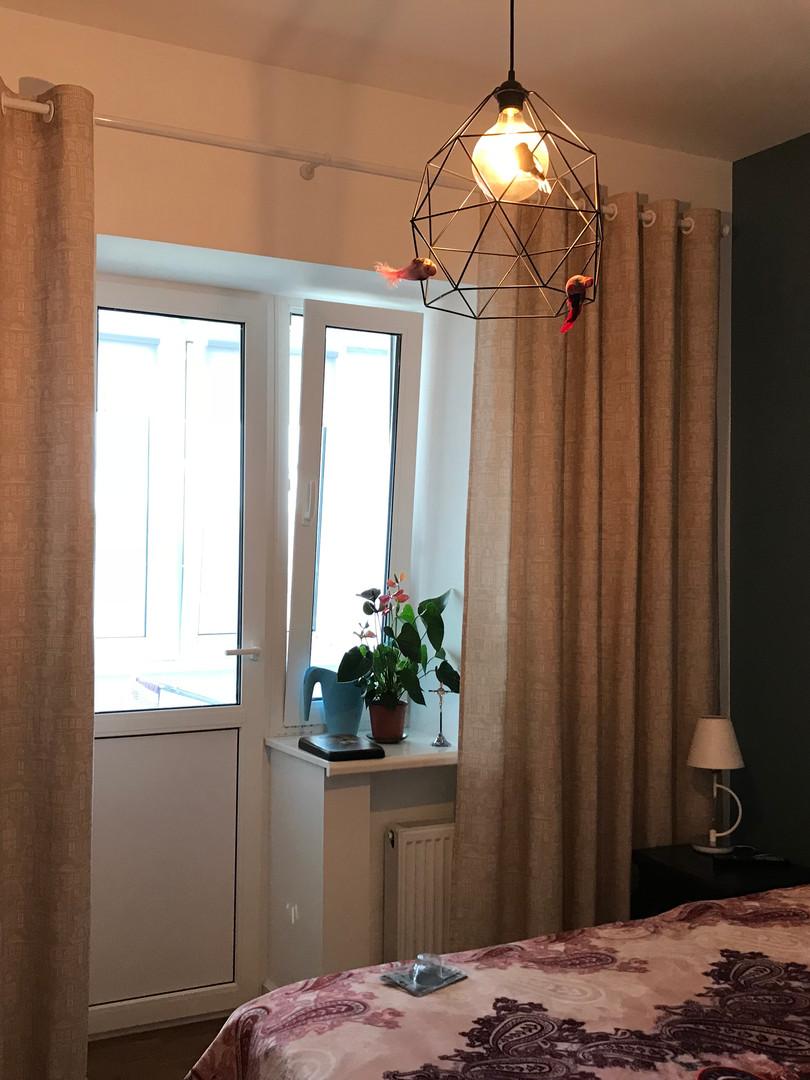 Уютные шторы в спальню