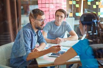 business-conversation-PKWBL68.jpg