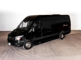 A1-LIMO-Sprinter Van-WEB-NOCROP.jpg