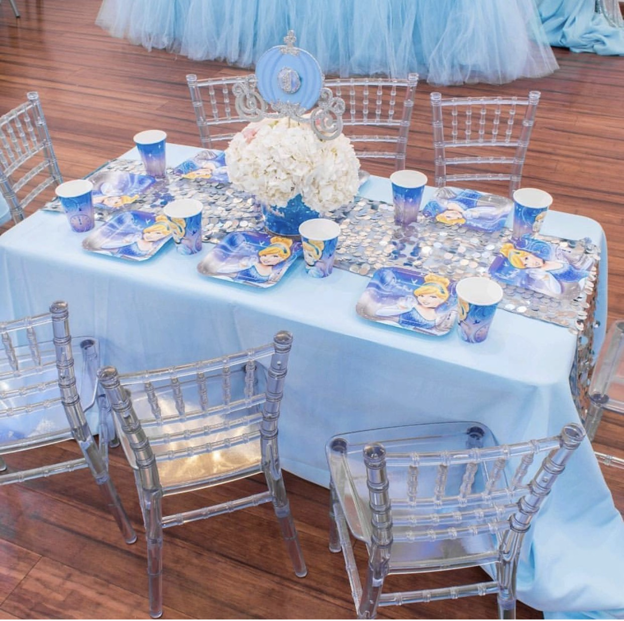 Kids chairs and 4ft table rental