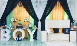 Luxury Package (D) & Boy Table