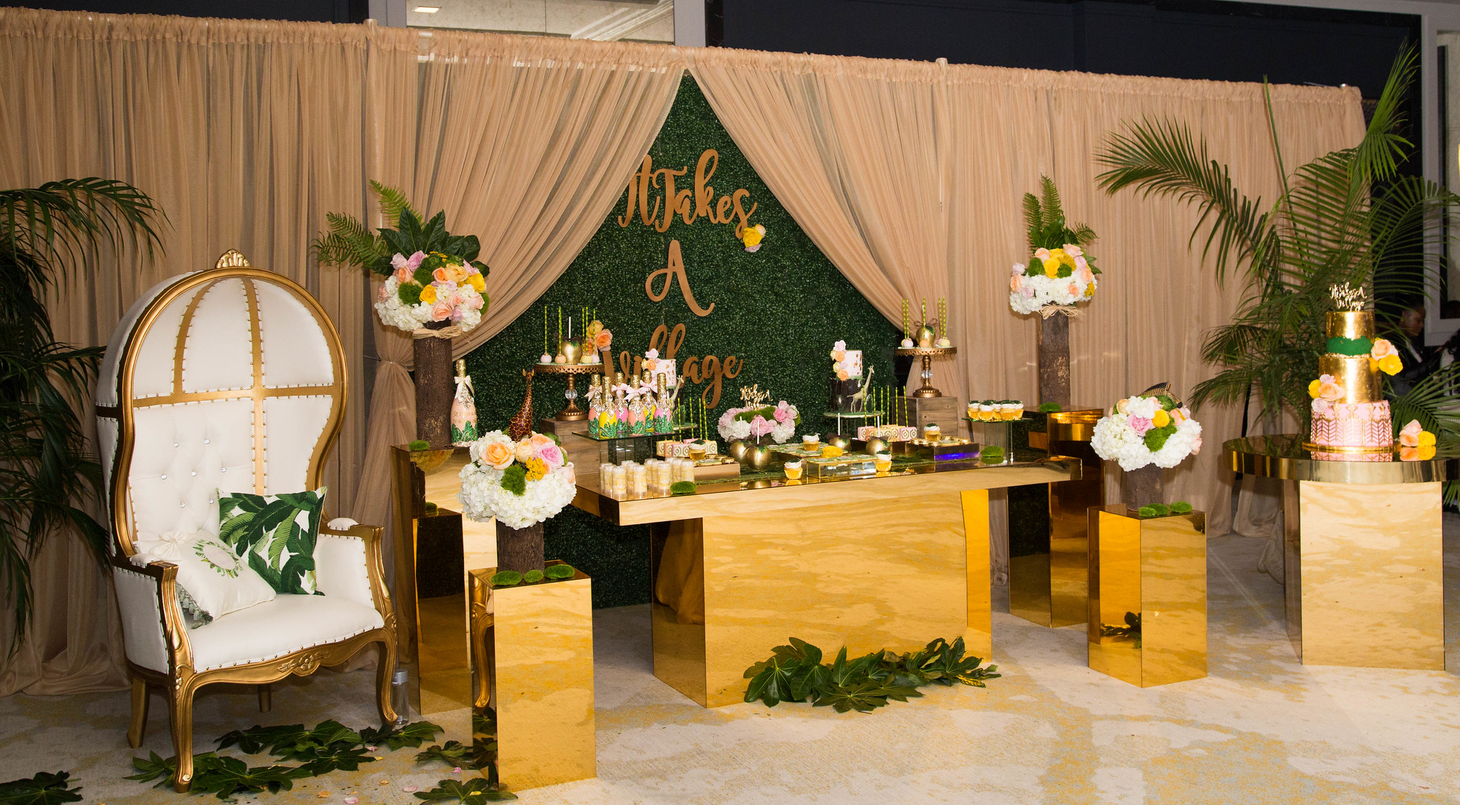 30ft Draping with Dome Chair
