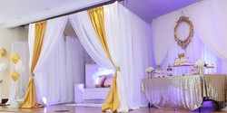 Luxury Package (E) & Backdrop