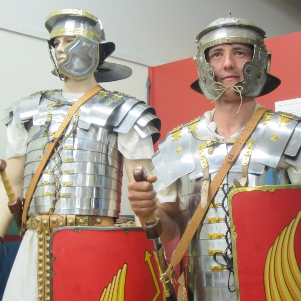 Dress as a Roman Soldier - Interactive