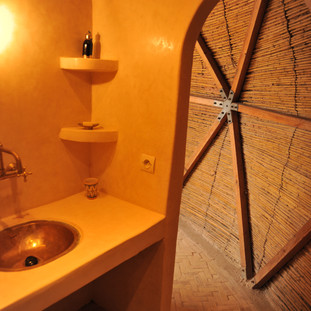 geodesic domes tadelakt bathroom