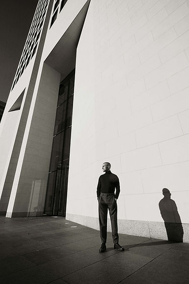 Roman for Malvie Magazin, Editorial, Men, Black and White