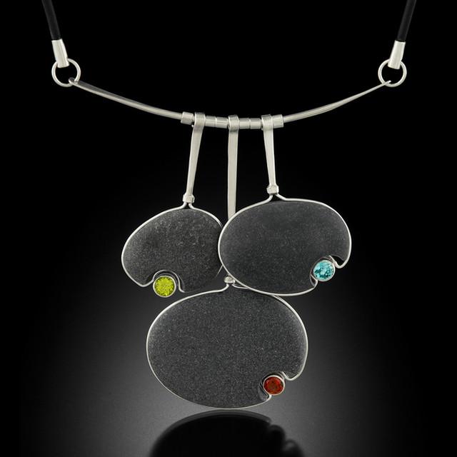 Necklaces/Pendants