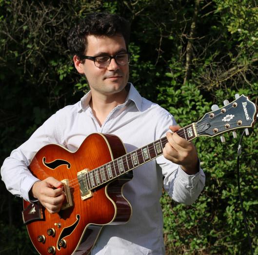 Photo Thomas Forgue Guitare Musiques Actuelles.JPG