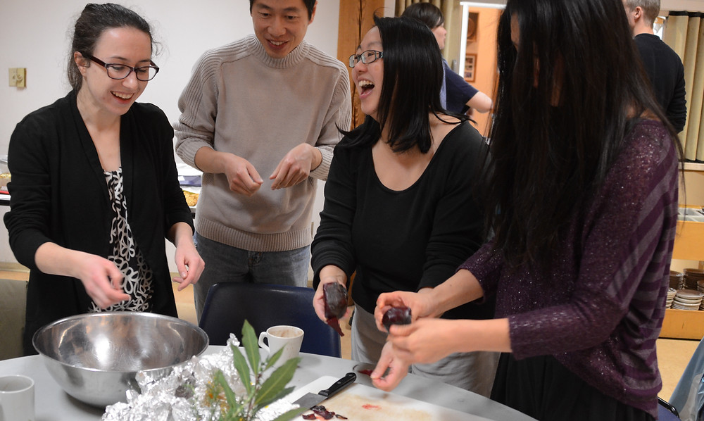 Collaborative salad making