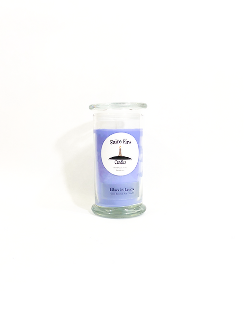 Lilacs in Lenox 22 oz Candle