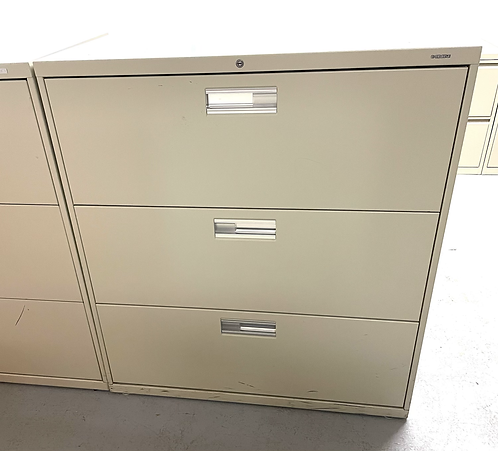Pre owned 3 drawer Lateral File