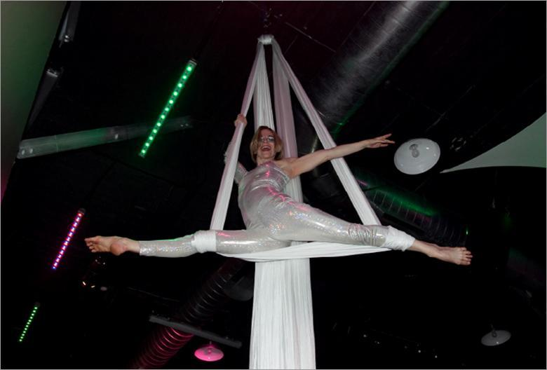 Aerialist at Club Vibe Sweet 16