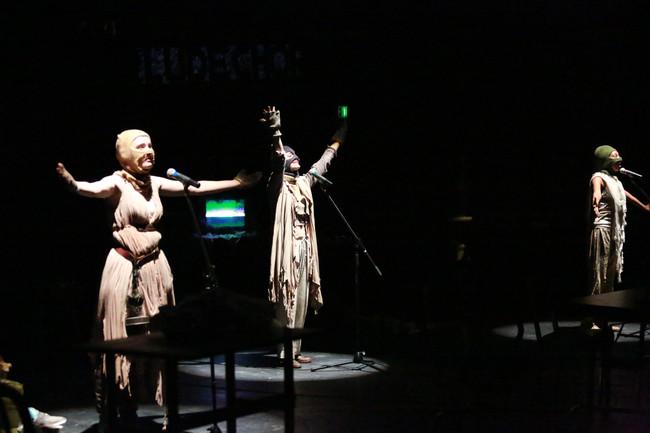 The Chorus in hera(kles)