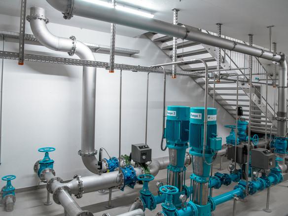 Pumpensteuerung im Wasserreservoir