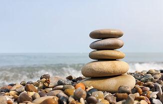 Balancing rocks-4352352_1920.jpg