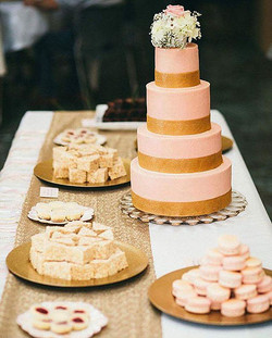 pink wedding cake - Copy.jpg