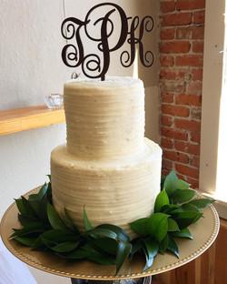 "6""-4"" wedding cake"