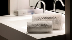 olivia-balmes-gallerydouble-rooms-with-b