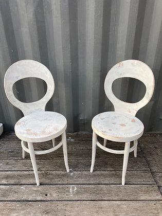 Paire de chaises Mouettes Baumann blanches