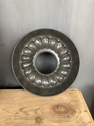Ancien moule à charlotte / kougloff en métal