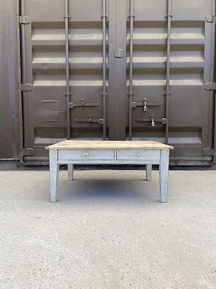 Table basse bois brut et patine blanche